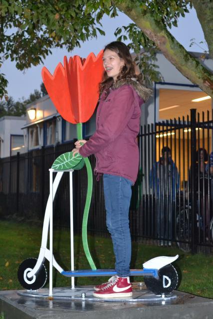 VSO Herenwaard onthulling tulp step Michelle